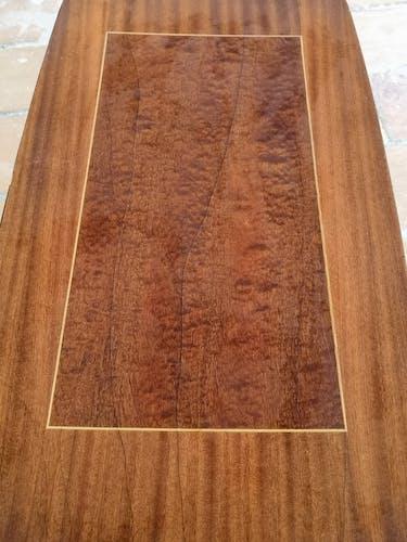 Table basse bois laqué bicolore années 70