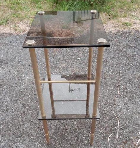 Console métal doré et verre