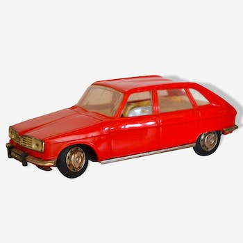 Renault 16 rouge Joustra