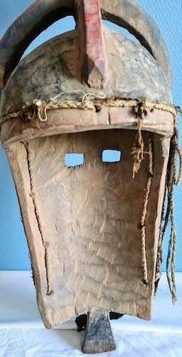 Masque de danse bois dur bobo Fing Newenka Kurkina faso