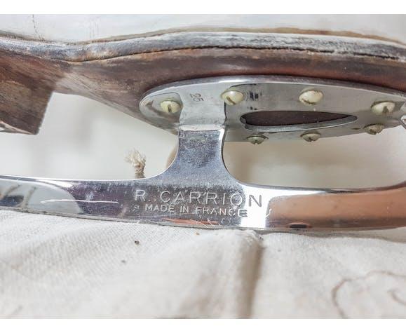 Paire de patins à glace blanc vintage R. Carrion