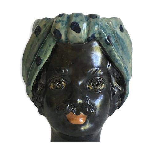 Vase head mini peas man