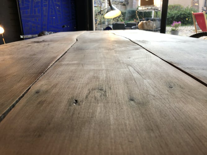 Table de ferme sur tréteaux