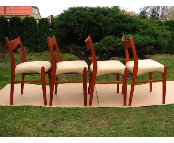 Ensemble de 4 chaises en teck vintage