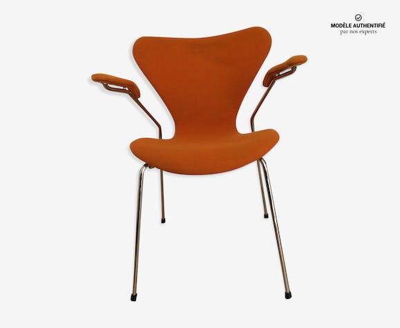Model 3207 chair by Arne Jacobsen for Fritz Hansen, 1999