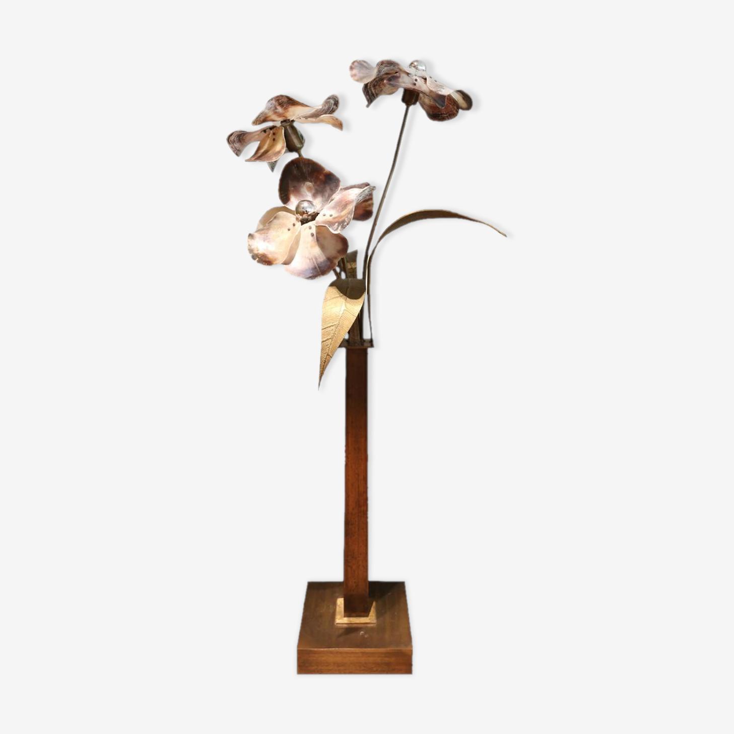 Lampadaire en bronze et en nacre par Willy Daro Belgique 1970s