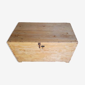 Chest/malle/wooden box