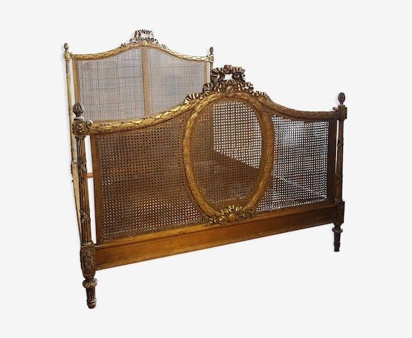 Bed Louis XVI gilded wood origin Château en Touraine XIXth century