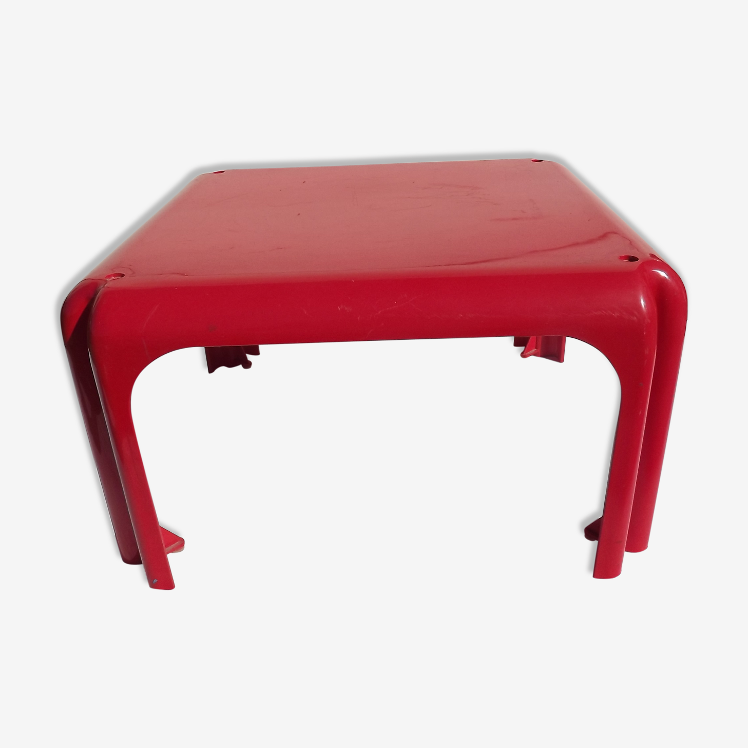 Table basse Artemide modèle Elena