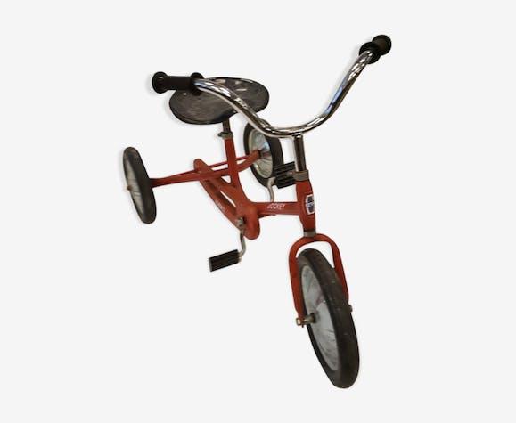 Tricycle jockey de Judez