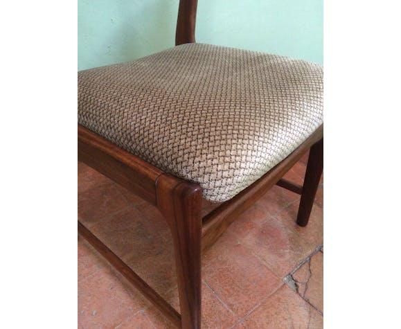 Suite de 4 chaises scandinaves en palissandre ou teck et velour