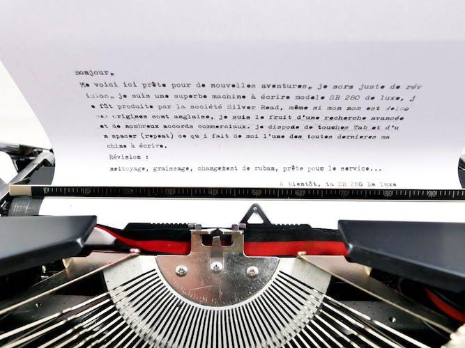 Machine à écrire sr 280 de luxe welco noire vintage ruban neuf révisée
