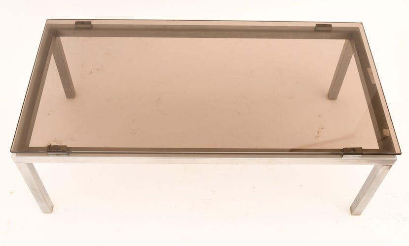 Table basse en acier chromé et verre
