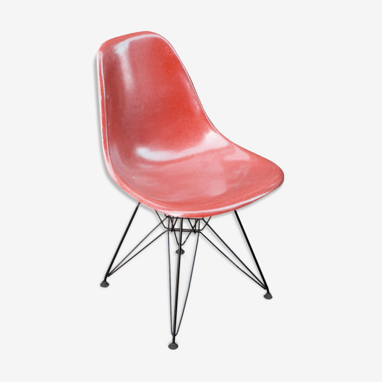 Chair design Charles and Ray Eames Herman Miller foot Eiffel edition DSR