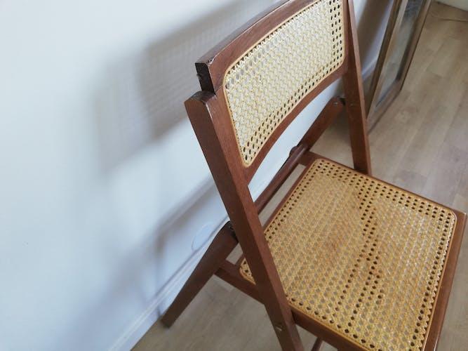 Chaise cannage pliante vintage