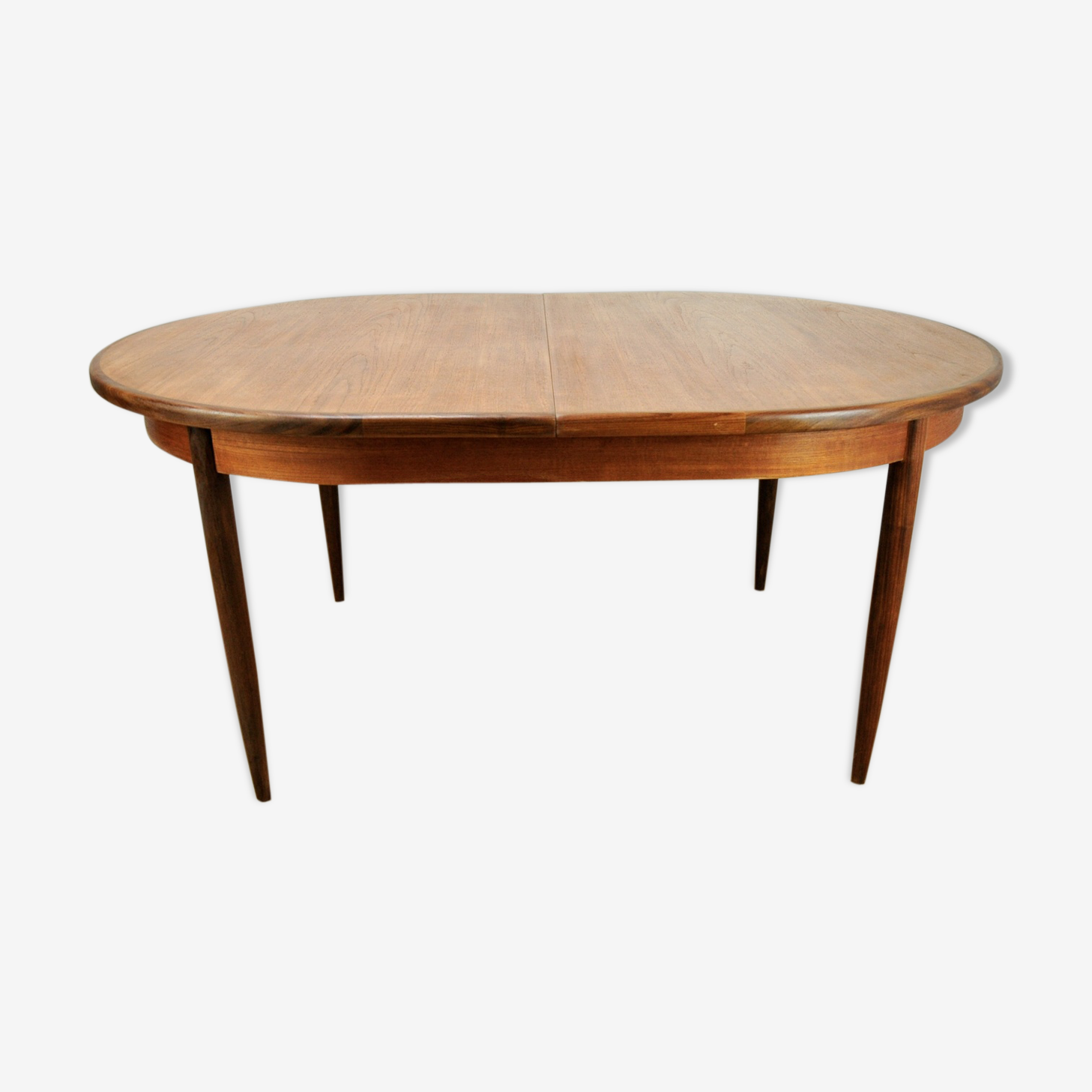 Extendable dining table in teak by G-Pplan