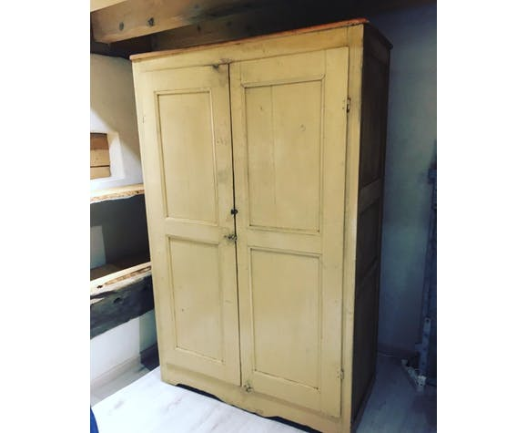 Armoire patine d'origine