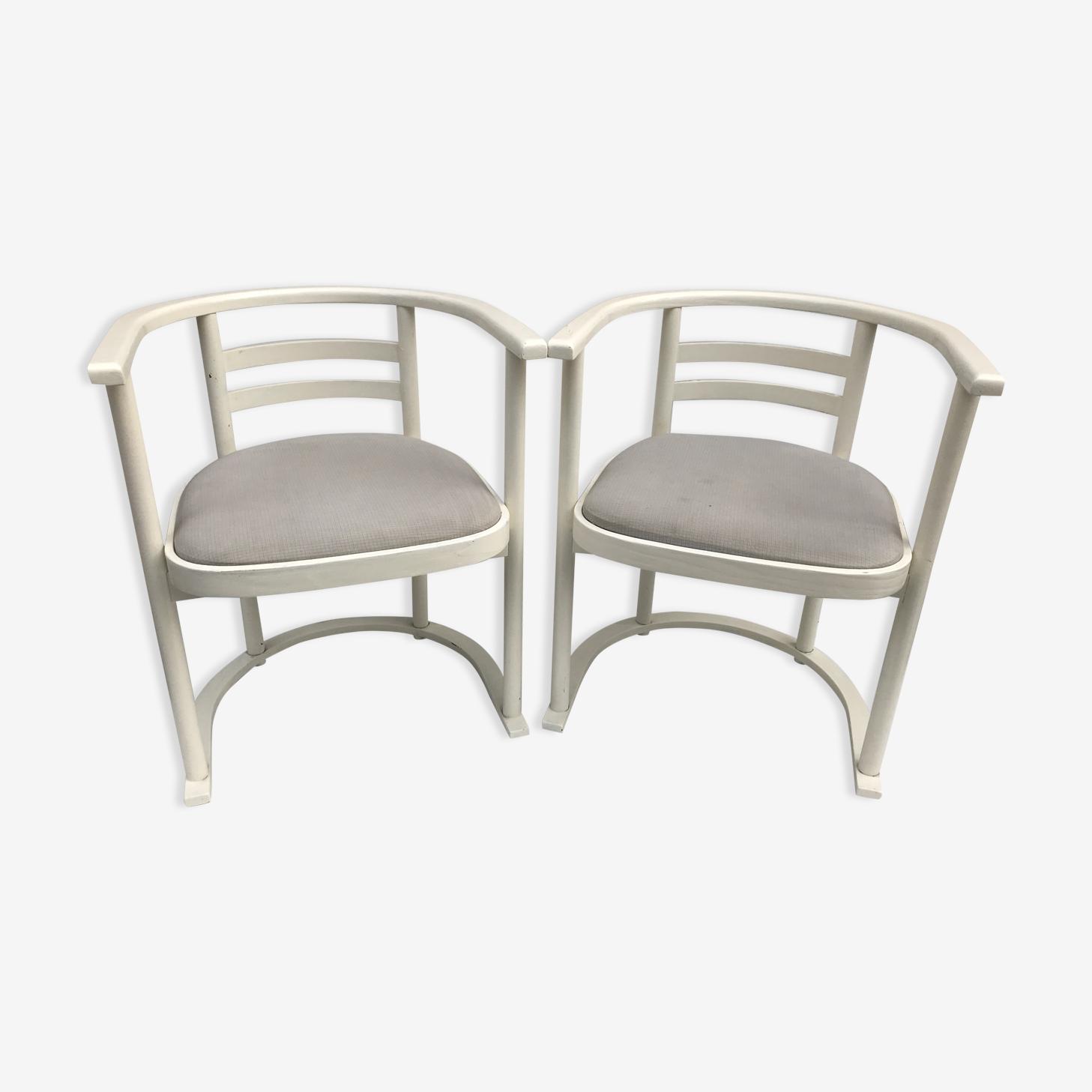 Paire de fauteuils anciens tonneau bois blanc + tissu vintage