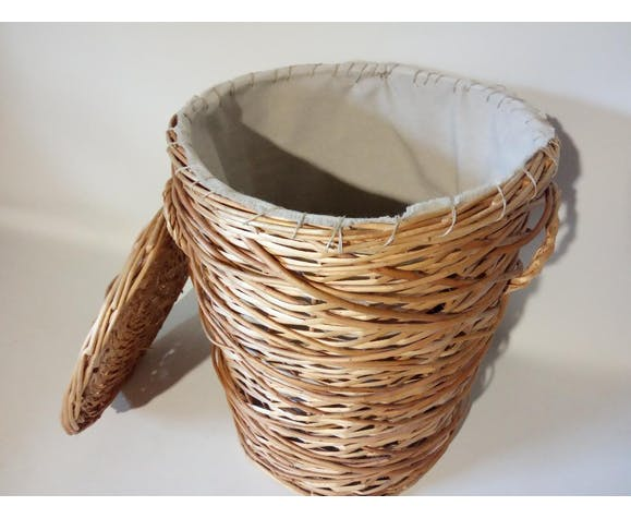 Indoor wicker laundry basket fabrics