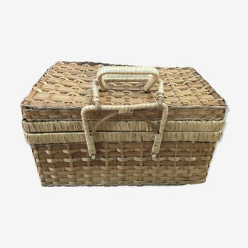 Picnic basket of the 70s