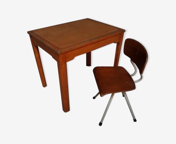 Table Dcole Avec Chaise Rtro