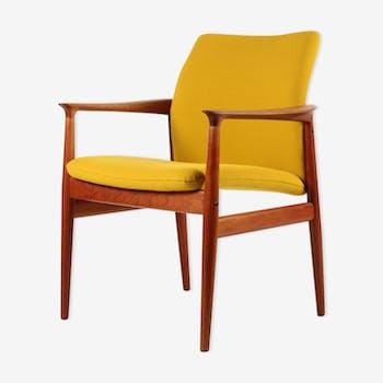 Chair Grete Jalk for Glostrup yellow wool fabric teak