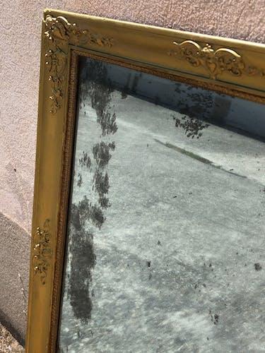Miroir ancien en bois doré glace mercurée 75x59 cm