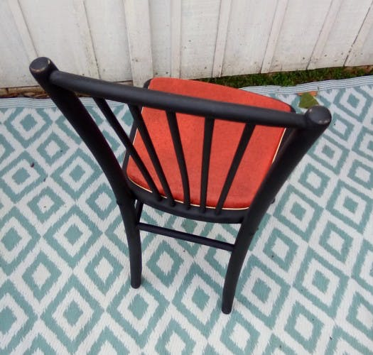 4 bistro chairs