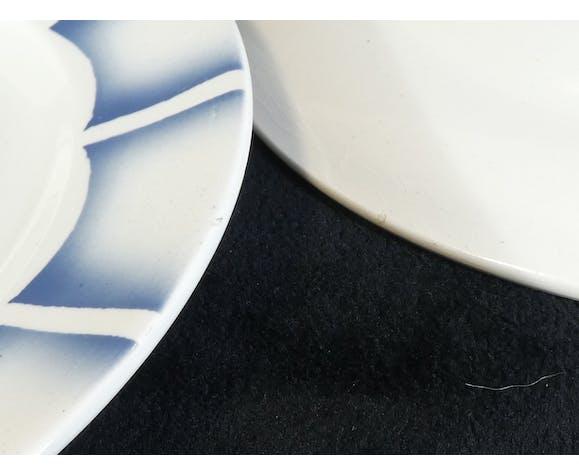 6 assiettes a dessert en faience de Digoin Sarreguemines modele dauphin