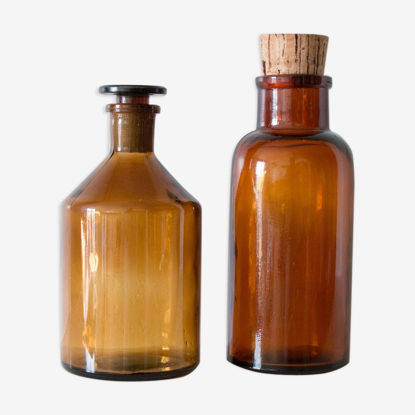 2 flacons à pharmacie en verre ambré