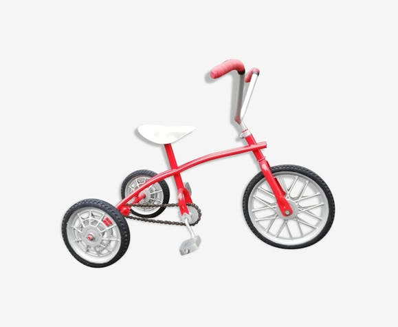 Tricycle enfant ancien