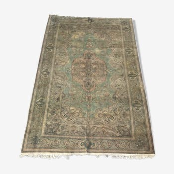 Vintage Turkish Kayseri is 205 X 304 CM hand carpet