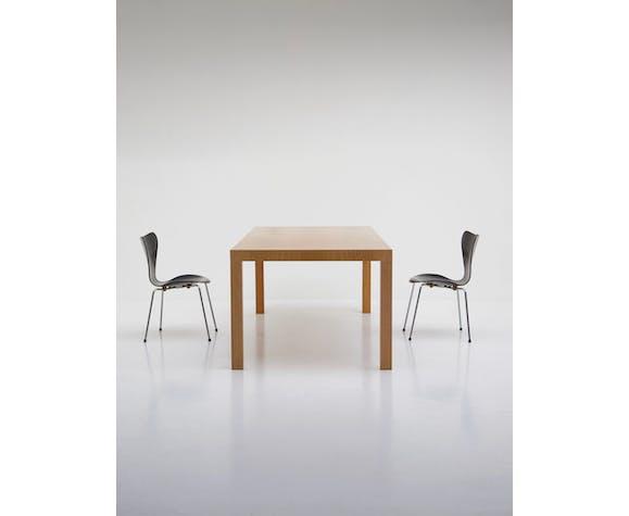 Table à manger en chêne minimaliste