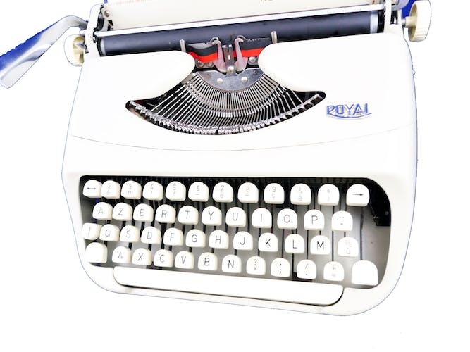 Machine à écrire Royal royalite 110 révisée ruban neuf