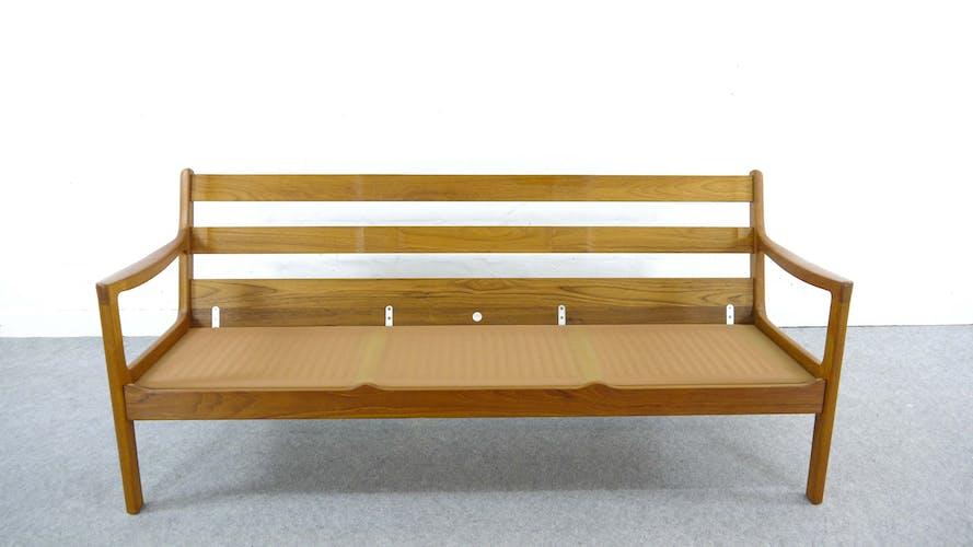 Canapé en teck senator par Ole Wanscher pour Cado au Danemark