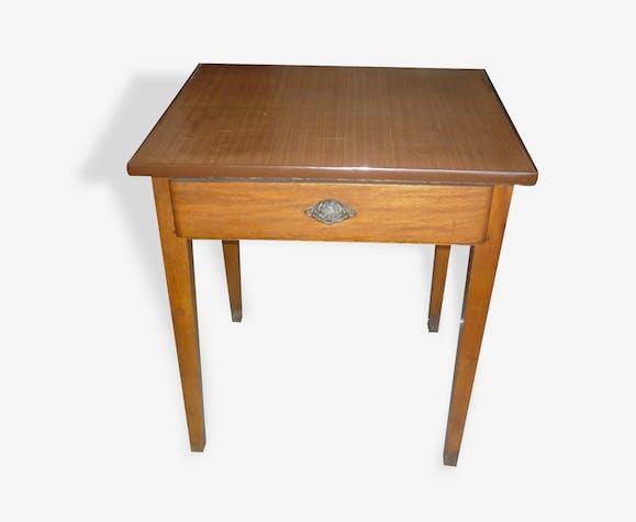 Petite table d'appoint années 50