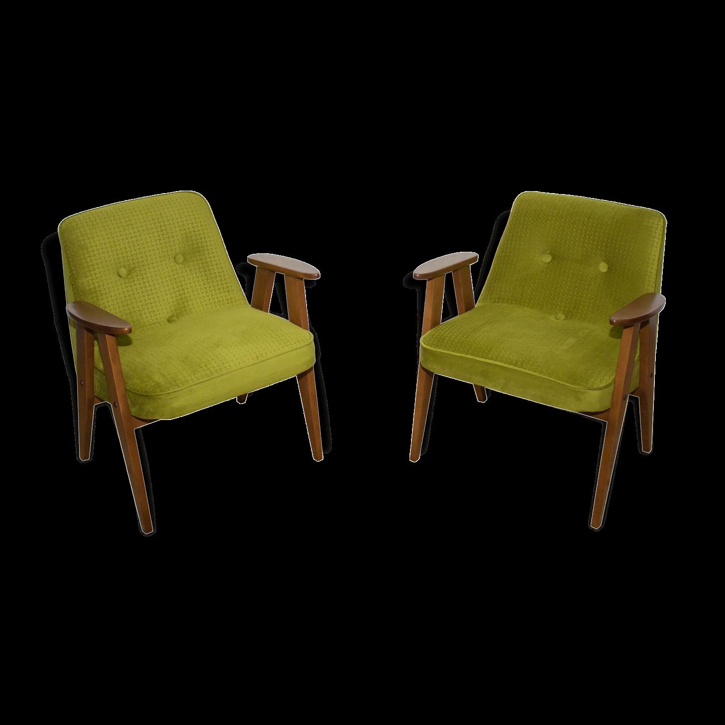 Paire de fauteuils 366 de Józef Chierowski pour DFM