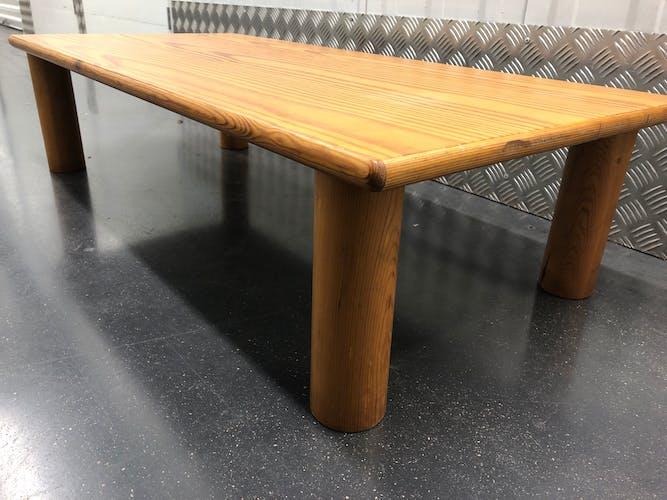Table basse en pin des années 60