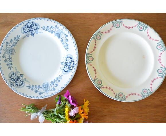 Lot de 2 assiettes anciennes dépareillées
