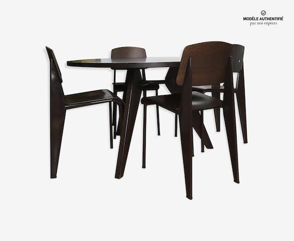 Table Et Chaises Jean Prouve Vitra