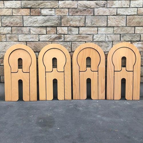 Série de quatre chaise TS par Roger Tallon pour Sentou