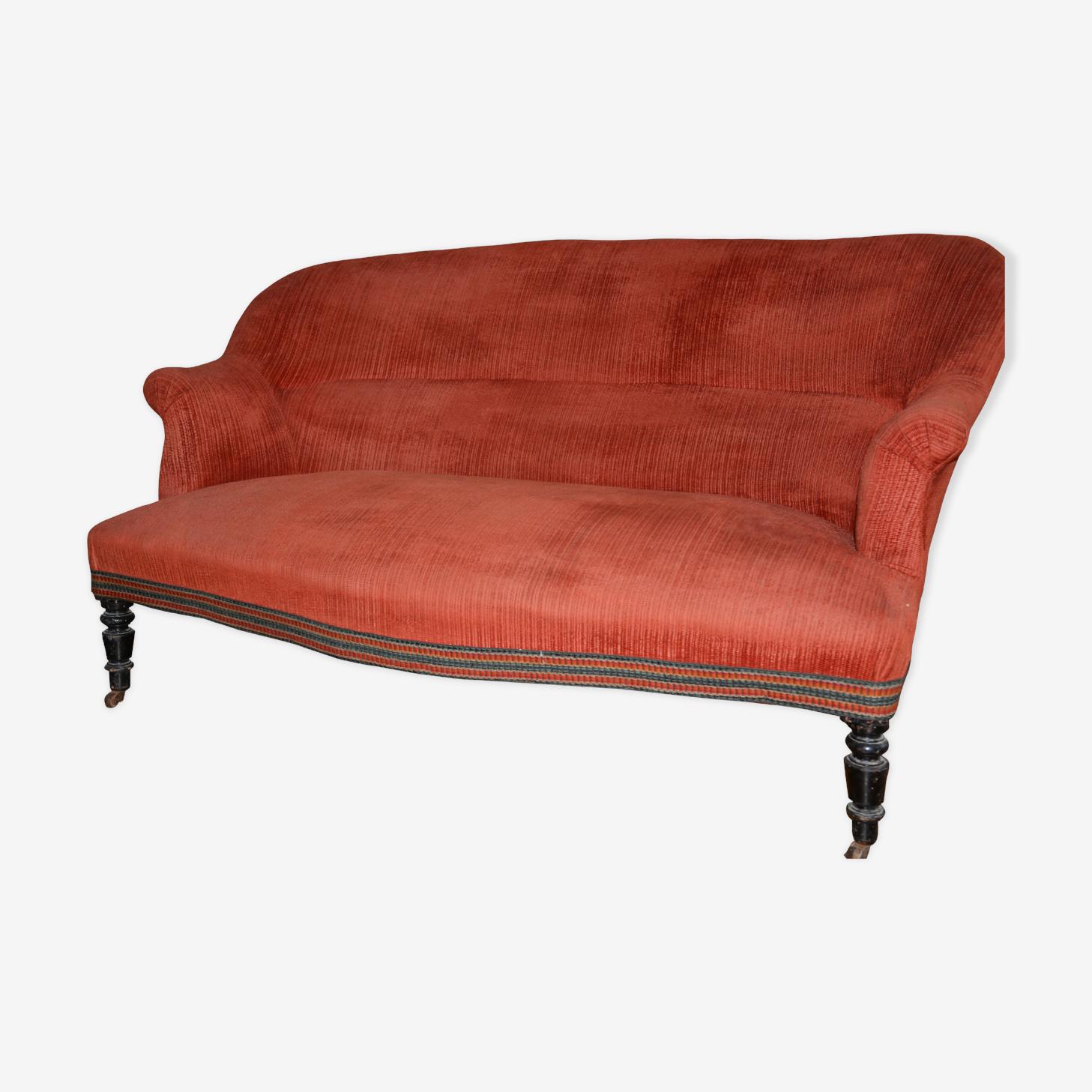 Toad sofa