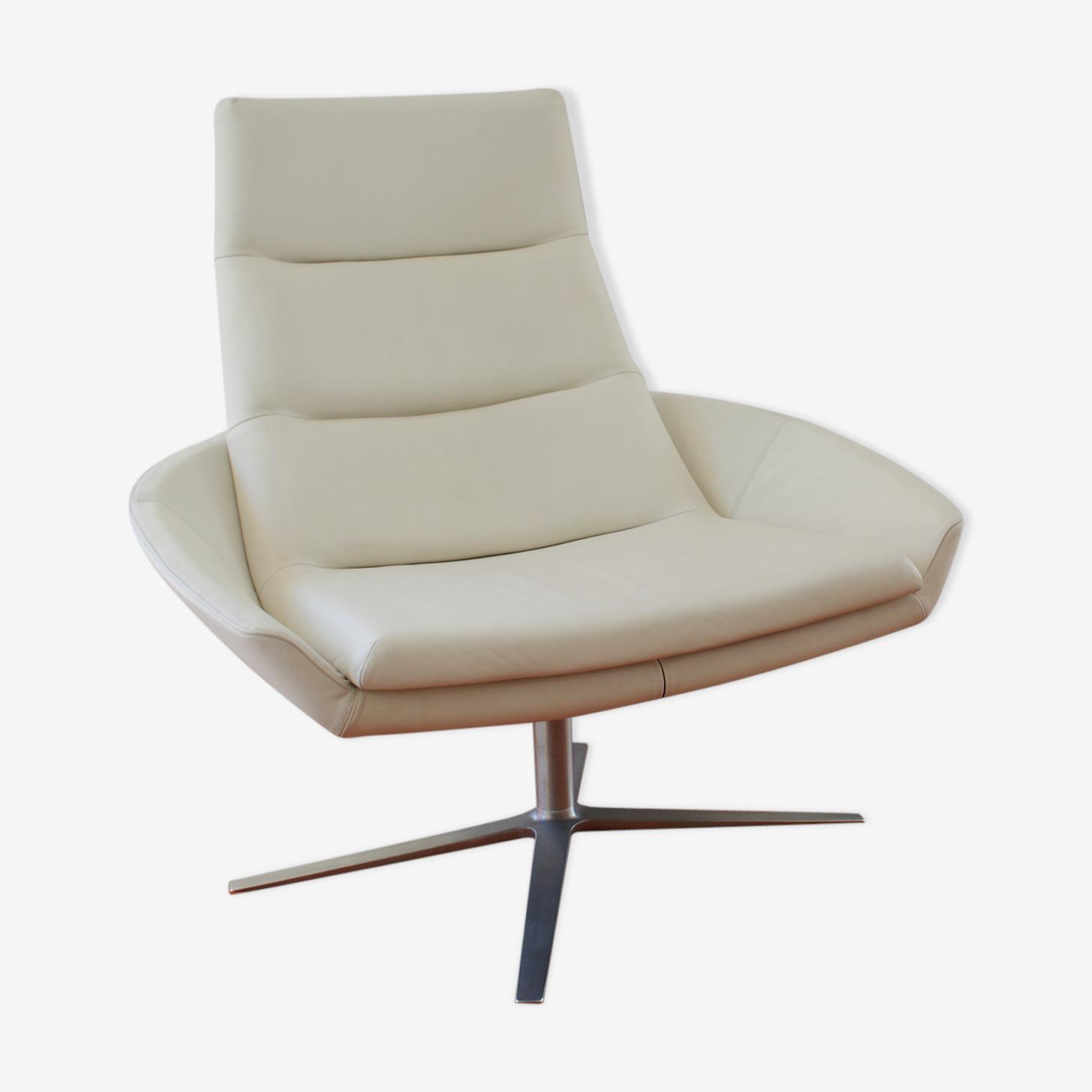 Montis Hugo white leather armchair