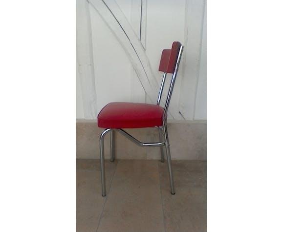 Chaise en skaï rouge vintage