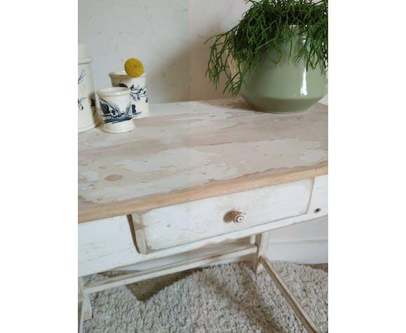 Table ancienne en bois blanc patiné