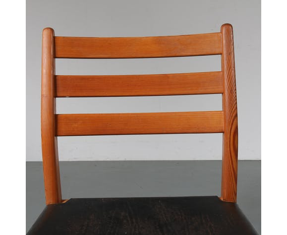 Set of four dining chairs, manufactured in Scandinavia, 1960s