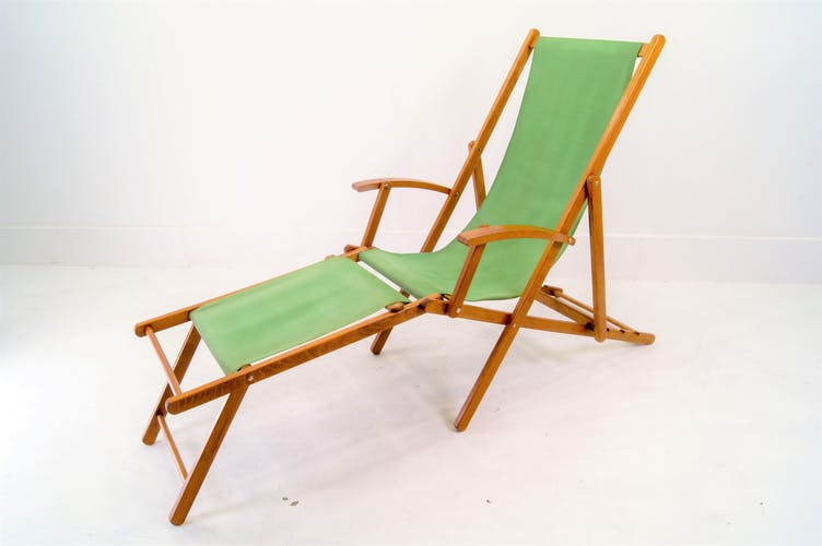 1940's deck chair with leg-bench