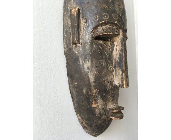Masque africain ancien