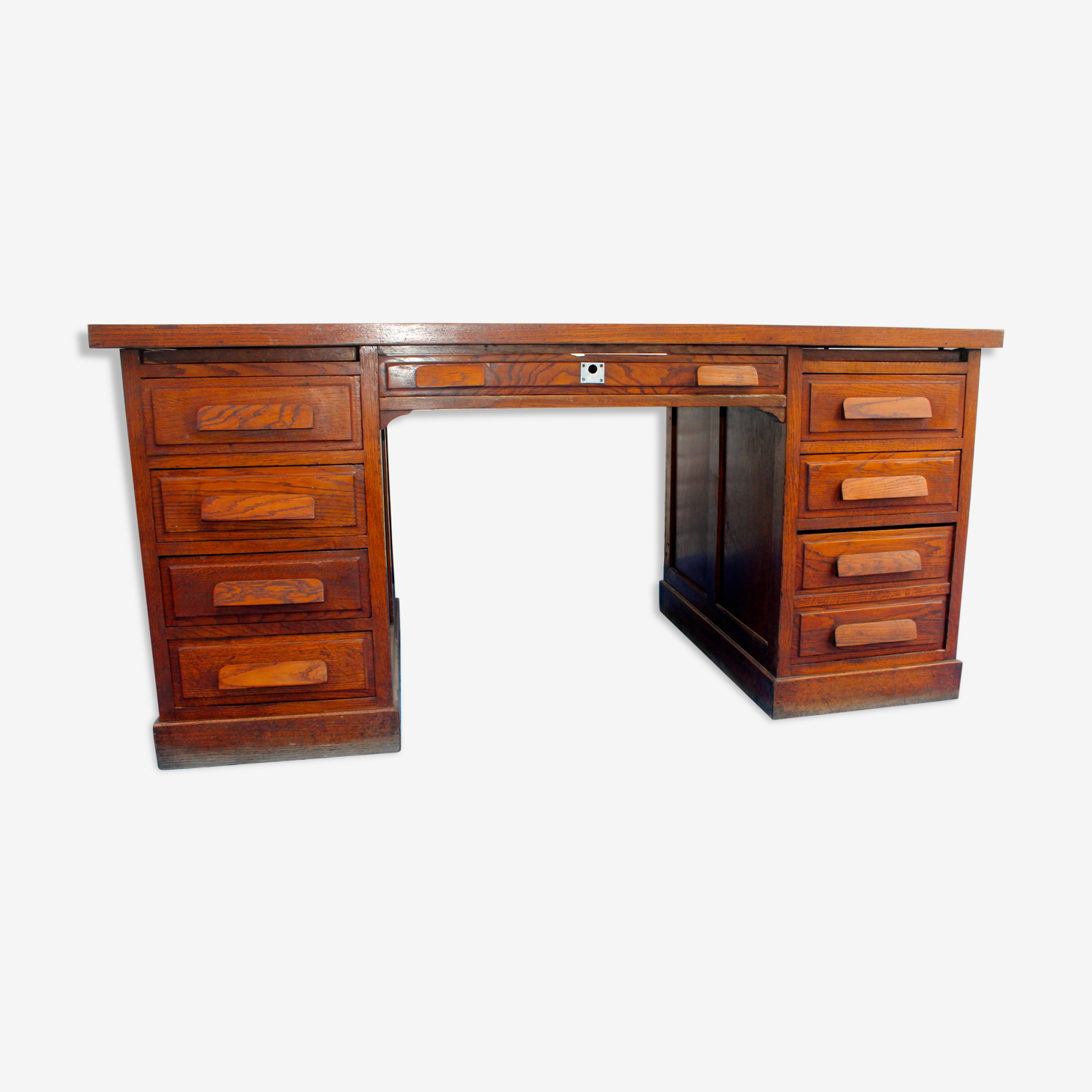 Former Minister coffered desk double