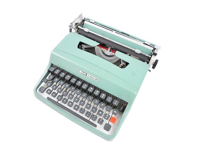 Machine à écrire Olivetti Lettera 32 révisée ruban neuf